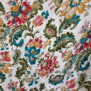 "Vintage Accessories - Vintage floral ""Club 7 Echo"" silk scarf"